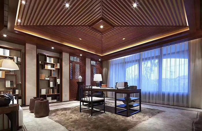 酒店样板房的书房局部